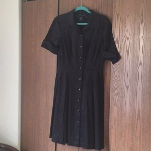 Connected apparel shiny finish size 10 dress
